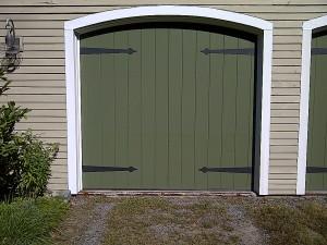Green single garage door   Lewiston, ME